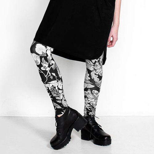 Mystical flowers leggings, Black and white (XS-XL)